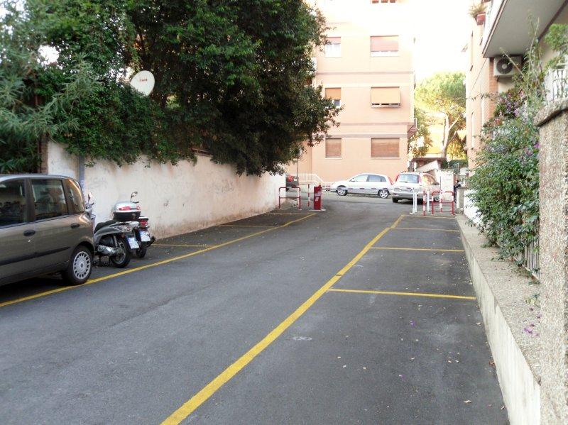 Immobile Adiacenze Nostra Signora di Lourdes 3 Posti Auto e Cantina - Foto 10