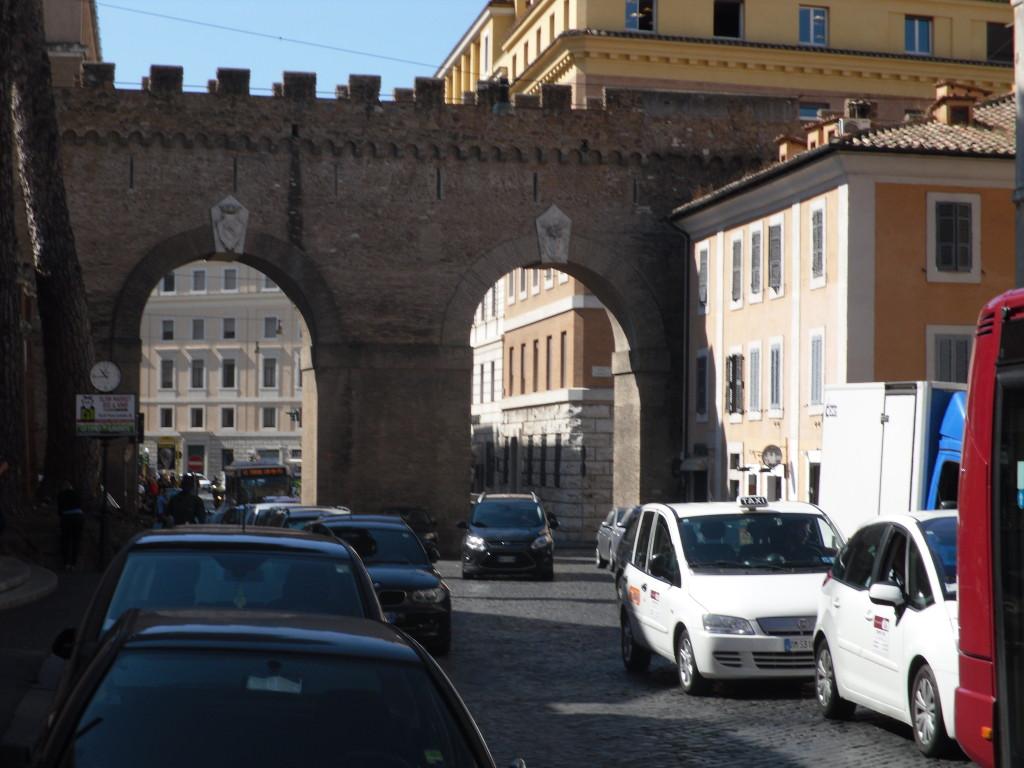 Borgo Pio vista su Castel Sant'Angelo - Foto 2