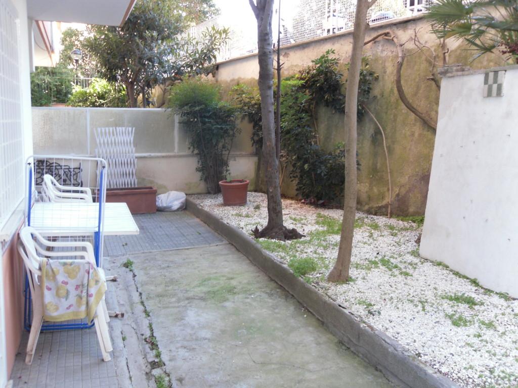 Roma Camilluccia  Mario  Fani  65 mq con Giardino - Foto 2