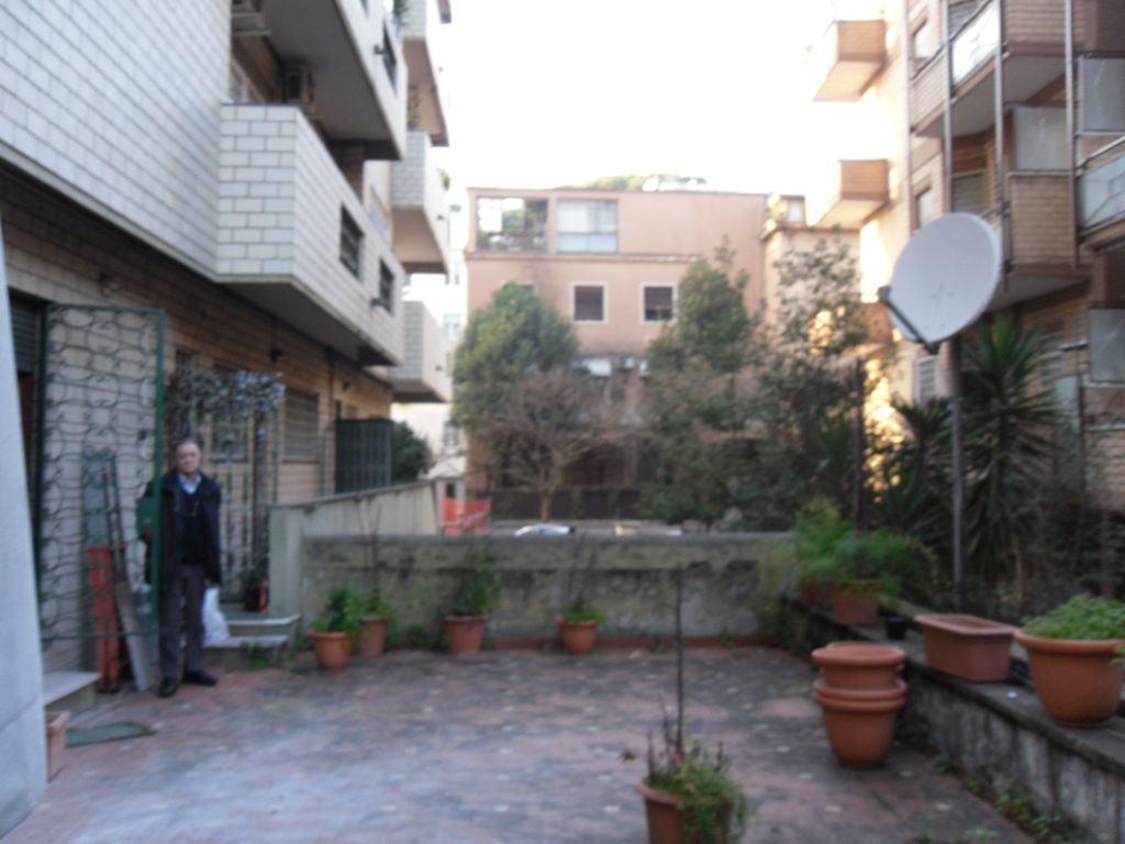 Roma quartiere Trieste – Villa Ada - Foto 5