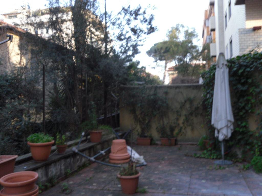 Roma quartiere Trieste – Villa Ada - Foto 6
