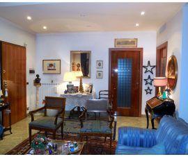 Prestigioso Appartamento in Affitto Roma Eur Collina del SIC