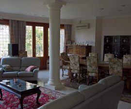 Splendida Villa Unifamiliare a Formello con Parco Annesso