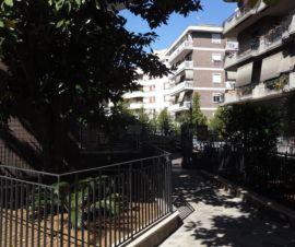 Roma - Conca D'Oro - Ampio Appartamento Terrazzatissimo