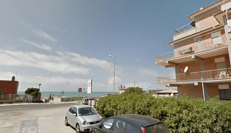 Tor San Lorenzo – Ardea – Attico Fronte Mare soli 10 mt dalla Spiaggia - Foto 3