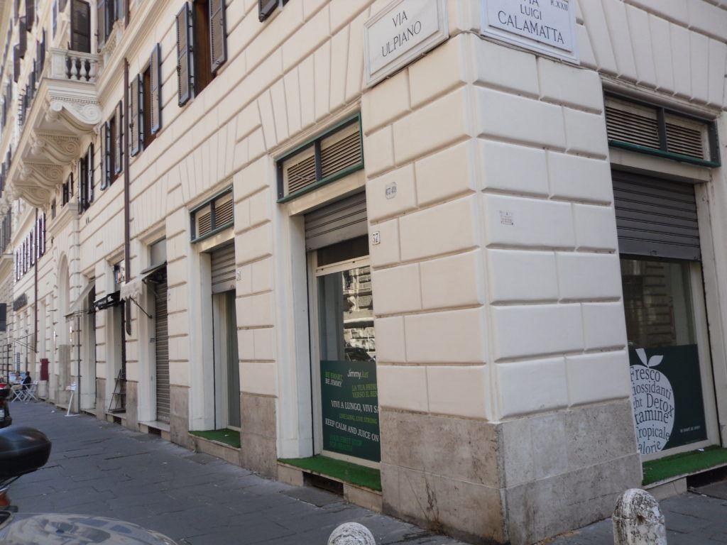 Roma Piazza Cavour Locale C/1 Tre Vetrine – Più Sottostante Locale C/2 - Foto 5