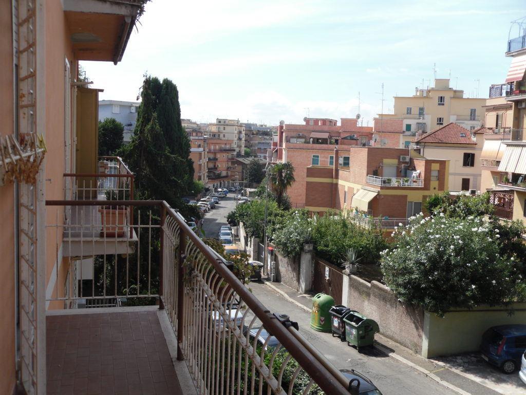 Roma Pineta Sacchetti Immobile in Vendita 65 mq - Foto 1